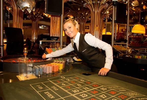 Casino austria bewerbung casino royale characters names